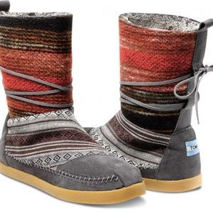 TOMS Nepal Woven Boots